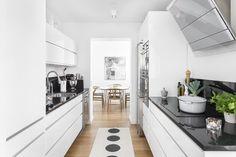 Line vit/alu | Ballingslöv LOCATION: Lägenhet med charmig lyx på Vätterstranden - Jönköping.