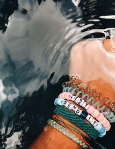 Bracelets VSCO - relatablemoods - bracelets - Yellow Diamonds Are F Pony Bead Bracelets, Kandi Bracelets, Summer Bracelets, Cute Bracelets, Pony Beads, Gold Bracelets, Diy Friendship Bracelets With Beads, Diy Beaded Bracelets, Embroidery Bracelets