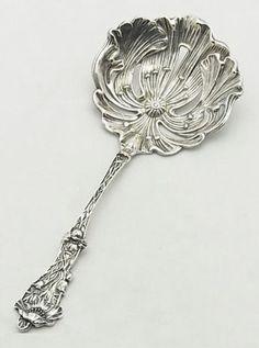 Paye & Baker Bon Bon Spoon in the Poppy Pattern, 1908