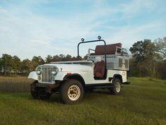 Hunting jeep