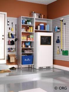 https://i.pinimg.com/236x/41/40/91/414091d0ec7f09c25dea1e8d25beb826--organized-garage-garage-organization.jpg