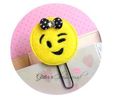 Winky Face Emoji Planner Clip FELT Paper Clips for Planners Planner accessorie Arts And Crafts Projects, Sewing Projects, Emoji Craft, Paper Binder, Felt Crafts Diy, Cute Emoji, Quilt Stitching, Day Planners, Felt Toys