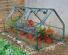 AKI+Bricolaje,+jardinería+y+decoración.+ Invernadero+NO+FROST+ Invernadero+de+1,95+m<sup>2</sup>,+ideal+para+colocar+en+balcón+y+mantener+tus+plantas+protegidas.
