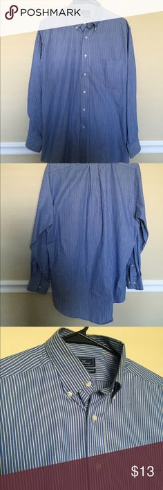 Men's Dockers Shirt This is a men's dress shirt from Dockers, size medium. It is a blue shirt with stripes. One pocket on chest, long sleeve. In excellent condition Dockers Shirts Dress Shirts
