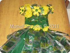 IMG_1325 Newspaper Dress, Glass Vase, Bb, Cheese, Cake, Home Decor, Mardi Gras, Mariana, Activities