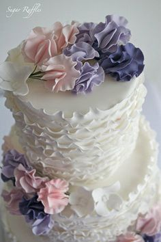Ruffles and Sugarpaste Sweet Peas wedding Cake