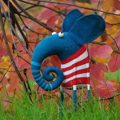 150 отметок «Нравится», 9 комментариев — Lidiya Marinchuk (@marlitoys) в Instagram: «Осенний слон #elephants #elephantslove #toys #artstagram #artwork #artukraine #madeinukraine…»