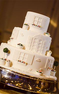 Disney's Fairy Tale Weddings chefs create pastry perfection by adjusting cake styles to fit both your guest count and vision for your big day