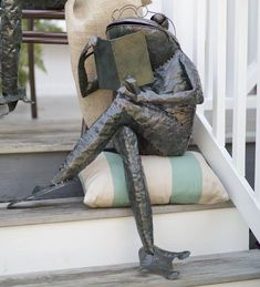 Small Reading Frog Metal Yard Sculpture