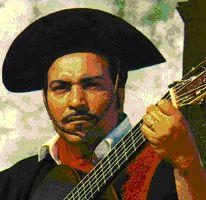 Pedro Marques Ortaça, nasceu em 1942, no Pontão, Primeiro Distrito de São Luiz Gonzaga (RS), e hoje reside na sede do município. Iniciou a carreira cantando décimas antigas que eram vendidas nos comércios de carreira, escutando causos do Tibúrcio e pessoal que tocava gaita de oito baixos, como o Desidério, o Carlito, o Felício, aprimorando seu talento e habilidade musical.