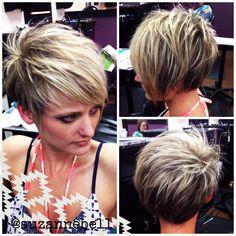 Pfiffige Kurzhaarfrisuren für Frauen mit blonden Haaren | http://www.neuefrisur.com/kurzhaarfrisuren/pfiffige-kurzhaarfrisuren-fur-frauen-mit-blonden-haaren/1695/