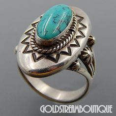 Metal: Silver Metal Purity: .925 Hallmark: STERLING Size: 7.5 Artisan: NA Tribe Affiliation: Navajo Width ( inches / mm ): 1.07 / 27.1 Weight ( gram ): 13.0 Condition: Vintage PLEASE BE ADVISED: We se