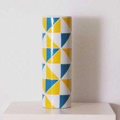 Grand vase motifs triangle Ingrid