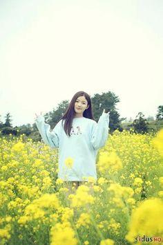 KimYooJung Child Actresses, Korean Actresses, Kpop Fashion, Korean Fashion, Kim Yoo Jung Fashion, Kim Joo Jung, Bo Gum, Beautiful Girl Photo, Tumblr Girls