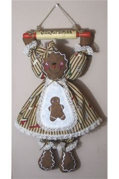 free images of primitive crafts   Primitive Gingerbread Fabric Rolling Pin Pattern