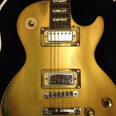 Gold Top Deluxe - my favourite guitar.