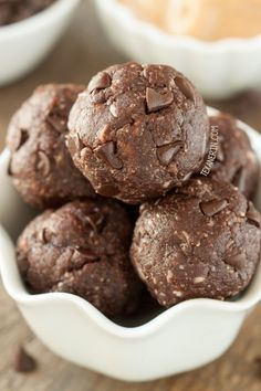Chocolate Peanut Butter Protein Balls (vegan, grain-free, gluten-free, and dairy-free)