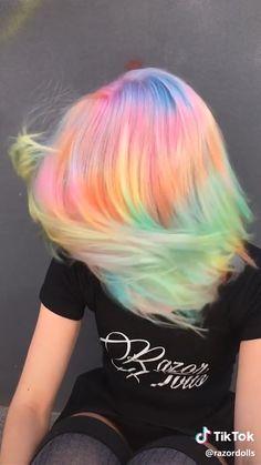 Cute Hair Colors, Pretty Hair Color, Hair Color Purple, Purple Hair Highlights, Vivid Hair Color, Blonde Streaks, Blonde Color, Pastel Rainbow Hair, Rainbow Hair Colors