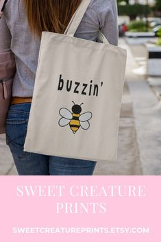This cute bee tote bag is perfect as gift for anyone who loves bees. Click through to view more cute styles. #bees #totebag