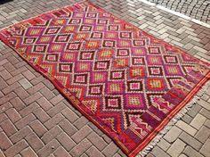 """$495 Pink Kilim rug, 109"""" x 69"""" Turkish kilim rug, pink area rug, kilim rug, kelim rug, vintage rug, bohemian rug, Turkish rug, rugs, diamond rug"""