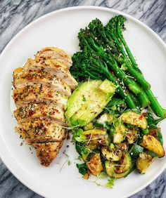 Italian baked chicken breast, BROCCOLINI, zucchini + spinach and a Hunderte anderer Super-Gourmet-Rezepte von Paléo finden Sie unter dem Link! Healthy Meal Prep, Healthy Dinner Recipes, Healthy Snacks, Healthy Eating, Cooking Recipes, Diet Recipes, Diet Snacks, Diet Meals, Chicken Recipes