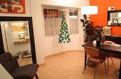 Homemade Christmas Tree Ornaments - Make Christmas Tree Ornament Mobile – Nbeads Creative Christmas Trees, Hanging Christmas Tree, Christmas Tree Baubles, Xmas Tree, Christmas Crafts, Christmas Decorations, Christmas Ideas, Fir Tree, Invisible Christmas Tree