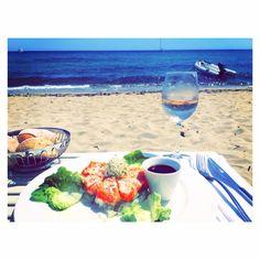 Manoah Beach Alcoholic Drinks, Beverages, Wine, Beach, Glass, Food, The Beach, Drinkware, Corning Glass