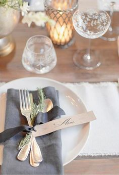 Four gorgeous holiday table setting ideas for Thanksgiving through New Years Eve.
