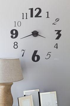 makuuhuone,olohuone,kello,seinäkello,seinätarra,seinän koristelu,asuntomessut,Tee itse / DIY