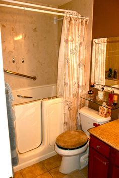 walk in tub shower combo walk in tubs and showers are especially beneficial for the elderly. Black Bedroom Furniture Sets. Home Design Ideas