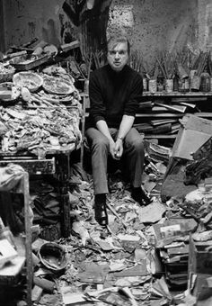 Francis Bacon in his atelier. Some can do art-making really well. Artist Life, Artist Art, Artist At Work, Francis Bacon Studio, Saatchi Gallery, Portraits, Vincent Van Gogh, Famous Artists, Art Studios