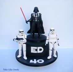StarWars cake for Ed celebrating his big '40'. Certainly a very challenging cake to make in terms of the models.
