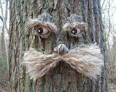 Tree Face garden decorations great gifts for all outdoor Tree Stump Decor, Toilet Art, Backyard Trees, Tree Faces, Sensory Garden, Tree Carving, Miniature Trees, Concrete Art, Wooden Art