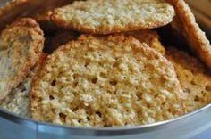 Knasende sprøde smørbagte havregrynskager med appelsin. Lækre og lette at lave!