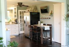 Remodeled farmhouse kitchen in Kewanee, IL. | VillageHomeStores.com