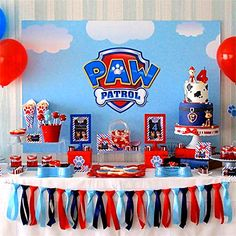 Paw Patrol Party A very cute Paw Patrol themed party by XOXO Events Australia Cake & cupcakes by Cake Lady Cakes Printables from Pea & Pearl. There are lots of fun and unique Paw Patrol P… Paw Patrol Birthday Decorations, Paw Patrol Party Favors, Paw Patrol Birthday Theme, Paw Patrol Invitations, Bolo Do Paw Patrol, Paw Patrol Cake, 4th Birthday Parties, 3rd Birthday, Birthday Wall