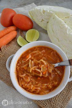 Sopa de repollo y tomate o sopa para bajar de peso www.pizcadesabor.com