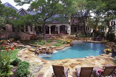 Freeform Negative Edge Pool with Spa and Water Features | Flickr - Photo Sharing!
