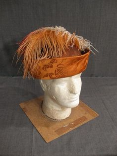 11001177 Hat Mens Renaissance orange brocade H23.5.JPG