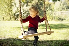 The Personalized James&Hounslow Tree Swing! The Perfect gift idea! Gifts For Kids, Great Gifts, Porch Swing, Outdoor Furniture, Outdoor Decor, Tree Swings, Home Decor, Bebe, Presents For Kids