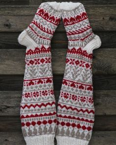 Knitting Charts, Knitting Socks, Knitting Patterns, Fair Isle Knitting, Anklets, Handicraft, Fingerless Gloves, Arm Warmers, Mittens