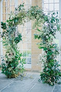 Botanical wedding theme ideas are perfect for a fine art wedding. Browse these suggestions from Liz Baker Fine Art Photography. Wedding Arch Greenery, Wedding Arbors, Wedding Ceremony Arch, Ceremony Backdrop, Garden Wedding, Botanical Wedding Theme, Floral Wedding, Wedding Flowers, Wedding Rings
