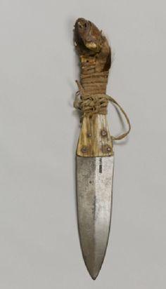 Blackfoot bear knife. Royal Albert Mus, Exeter UK  ac