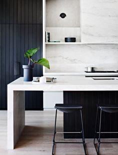 Smart black and white contemporary ktichen