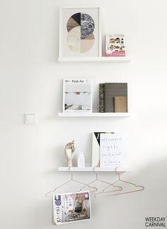 book shelf/magazine rack