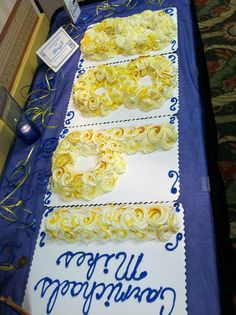 Class Reunion cake, but switch to cupcakes.