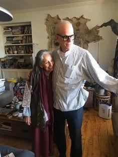 Curator Hans Ulrich Obrist Remembers Artist Luchita Hurtado – ARTnews.com Hans Ulrich Obrist, National History, Oral History, Life Form, One Image, New Art, Art Gallery, Artist, Women