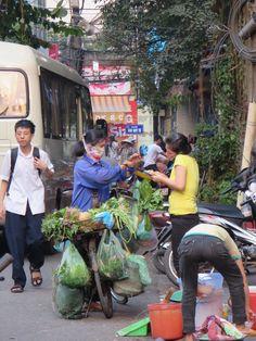 Auf den Straßen von Hanoi. Hoi An, Da Nang, Hue, Vietnam, Hanoi, Blog, Wings, Street View, Album