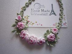 小さな薔薇のネックレス画像1