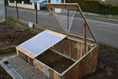 #Greenhouse, #PalletPlanter, #RecycledPallet